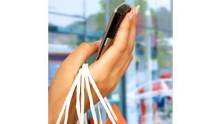 Nur Showrooming statt kaufen: Smartphones zerstören das Geschäft - Foto: Stuart Miles - Fotolia.com
