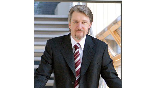 """Dietmar Fink, Professor an der Hochschule Bonn-Rhein-Sieg: """"Ich weiß von einem Projekt, da haben IT-Berater eines großen Anbieters für 250 Euro am Tag gearbeitet."""""""