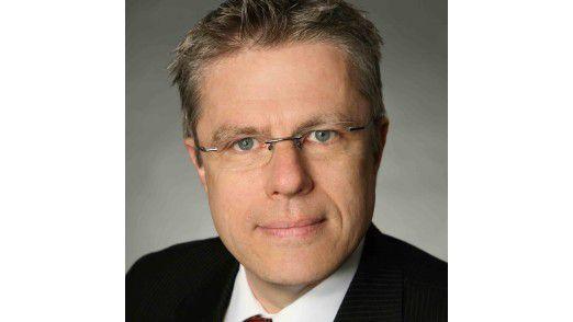 """Roland Schotten ist Projektverantwortlicher bei Bitmarck für die Produktion der elektronischen Gesundheitskarte (eGK). Es ist für ihn """"eines der größten IT-Projekte in Deutschland""""."""