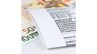 Kein Papier mehr: Herford digitalisiert Rechnungseingang - Foto: fotomek - Fotolia.com