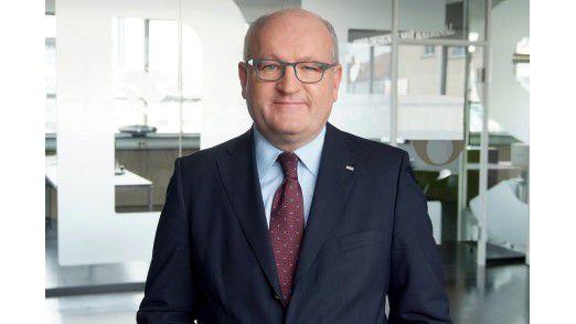 Ulrich Dietz, CEO bei GFT, ist vom Erfolg des Mobile Payment überzeugt.
